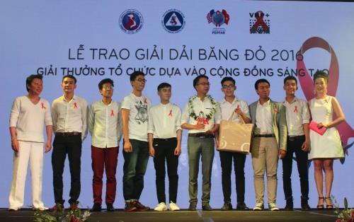 """Giải """"Tổ chức dựa vào cộng đồng sáng tạo"""" thuộc về nhóm G-link tại TP.HCM"""