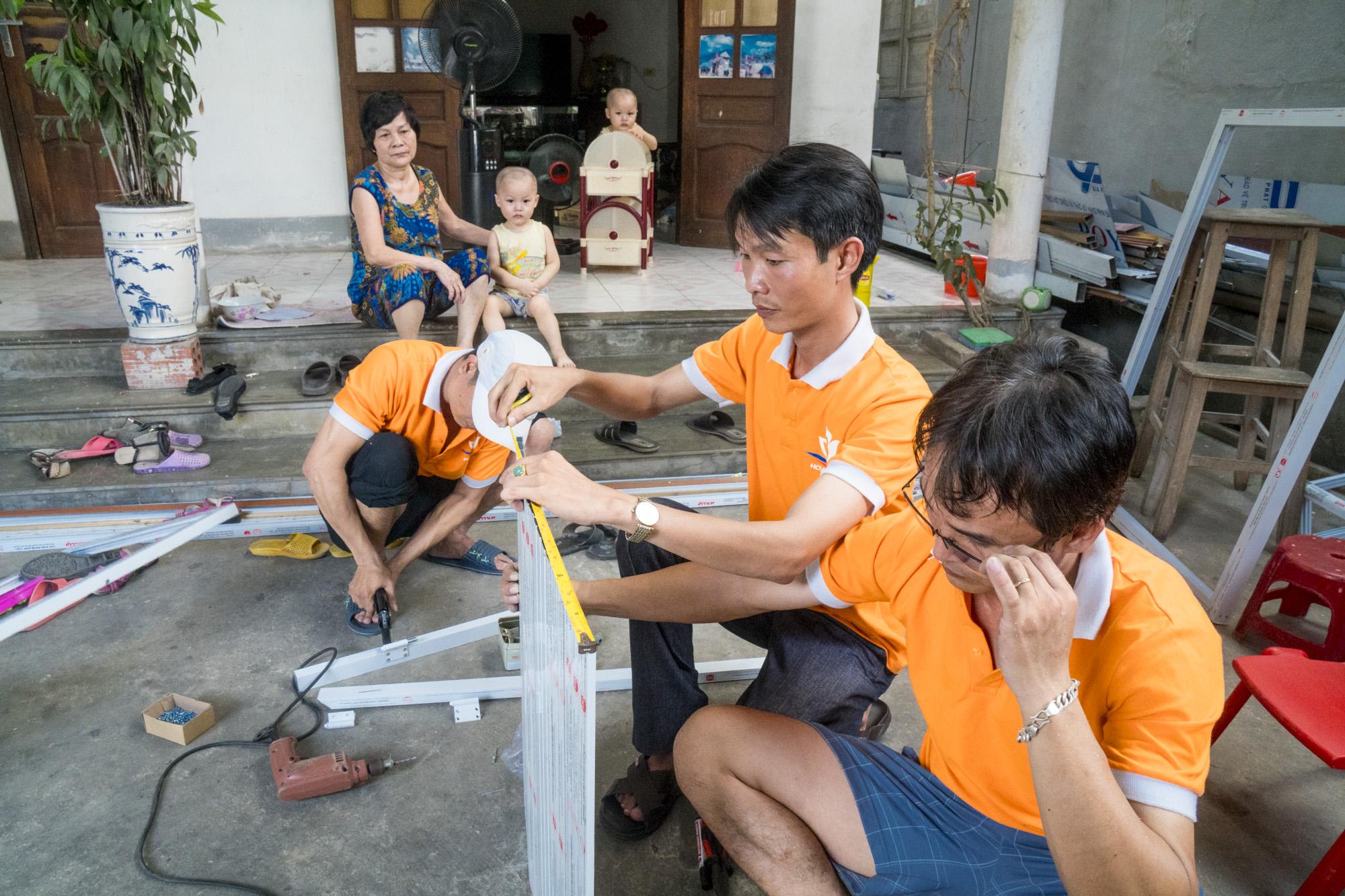 Nhóm IDU Hoa Nắng tập trung vào mô hình hợp tác sản xuất